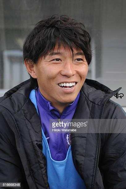 Hisato Sato of Sanfrecce Hiroshima looks on prior to the JLeague match between Omiya Ardija and Sanfrecce Hiroshima at the Nack 5 Stadium Omiya on...