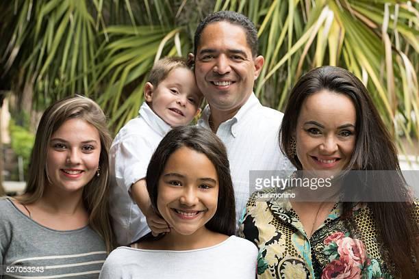 Hispânico Família