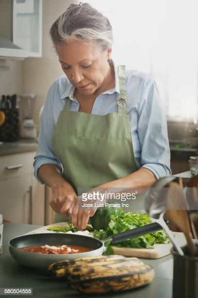 cooks spanish girl personals I have spirit of an innocent girl) i cook all natural fresh daily, and most organic  things, purchased from the farmer's markets also prepared meals that are low in .
