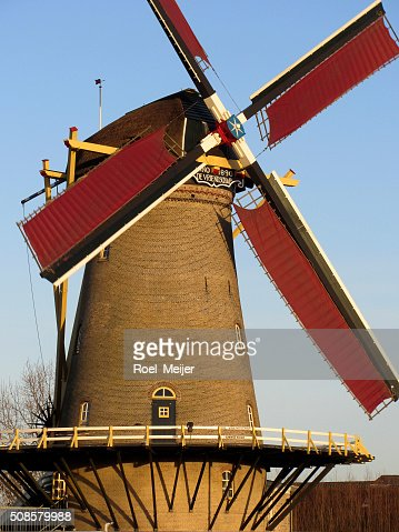 Historic Dutch corn mill : Stockfoto