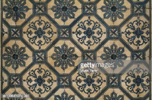 Historic Portuguese tiles on wall, full frame : Bildbanksbilder