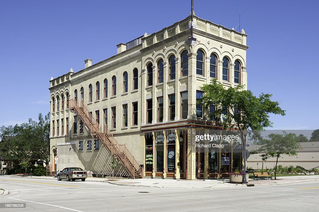 CONTENT] Historic retail, commercial and apartment building in downtown Sheboygan, WI.