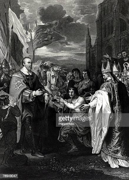 History Illustrations English Royalty pic circa 1066 This illustration shows King William I who reigned in England 10661087 receiving the crown of...