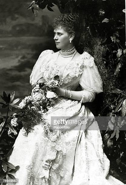 History Personalities British Royalty pic circa 1900 Princess Mary of Teck who married HRH The Duke of York later King George V in 1893 She was the...