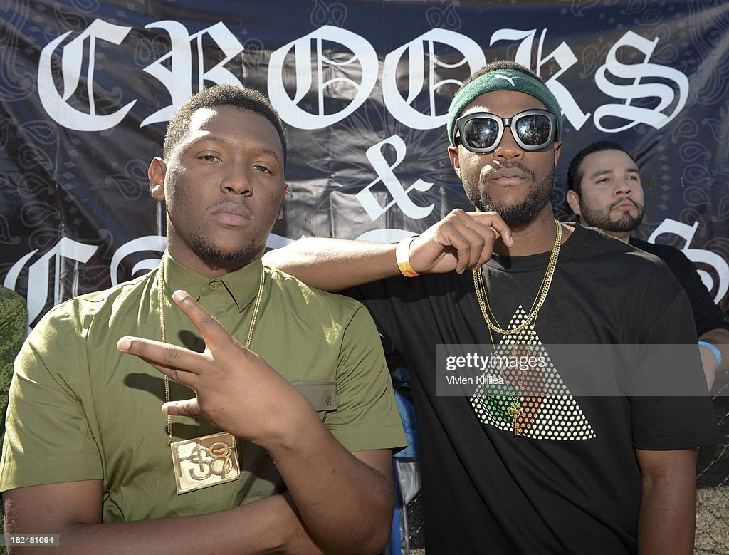 <a gi-track='captionPersonalityLinkClicked' href=/galleries/search?phrase=Hit-Boy&family=editorial&specificpeople=8625252 ng-click='$event.stopPropagation()'>Hit-Boy</a> and Casey Veggies attend Welcome To The Block presented by Crooks & Castles and Diamond Supply Co on September 29, 2013 in Los Angeles, California.