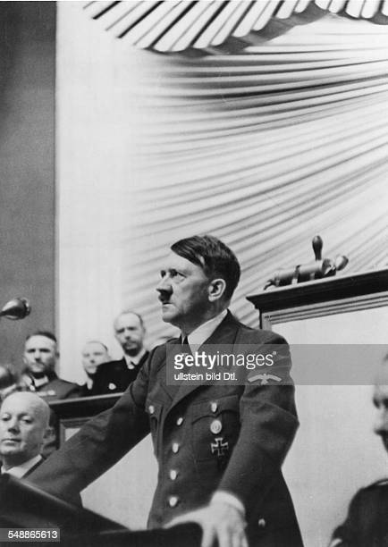 Hitler Adolf Politician NSDAP Germany *20041889 Reichstag meeting at the Krolloper in Berlin Hitlers speech for the war against Poland on the left...