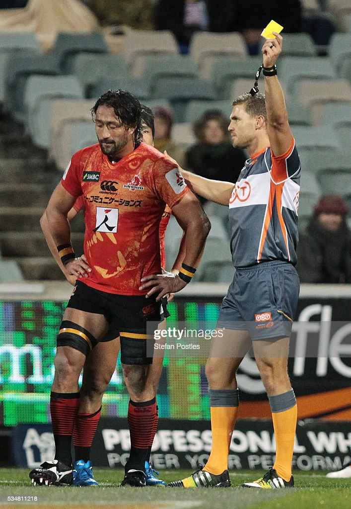 <a gi-track='captionPersonalityLinkClicked' href=/galleries/search?phrase=Hitoshi+Ono&family=editorial&specificpeople=4036660 ng-click='$event.stopPropagation()'>Hitoshi Ono</a> of the Sunwolves is shown a yellow card during the round 14 Super Rugby match between the Brumbies and the Sunwolves at GIO Stadium on May 28, 2016 in Canberra, Australia.