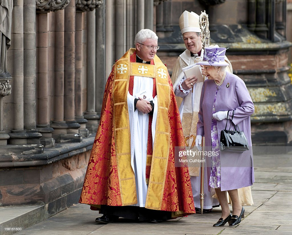 Hm Queen Elizabeth Ll ColonelInChief The Royal Mercian And Lancastrian Yeomanry Attends The Regiment'S Homecoming Parade At Lichfield Cathedral Where...