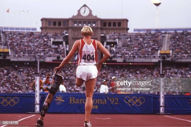 LEICHTATHLETIK PARALYMPICS 1992 Hochsprung Maenner Barcelona / ESP 050992 Gunther BELITZ / GER FOTOBONGARTS/AlexanderHassenstein