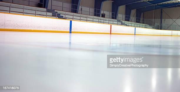 Stade de Hockey sur glace-de-chaussée