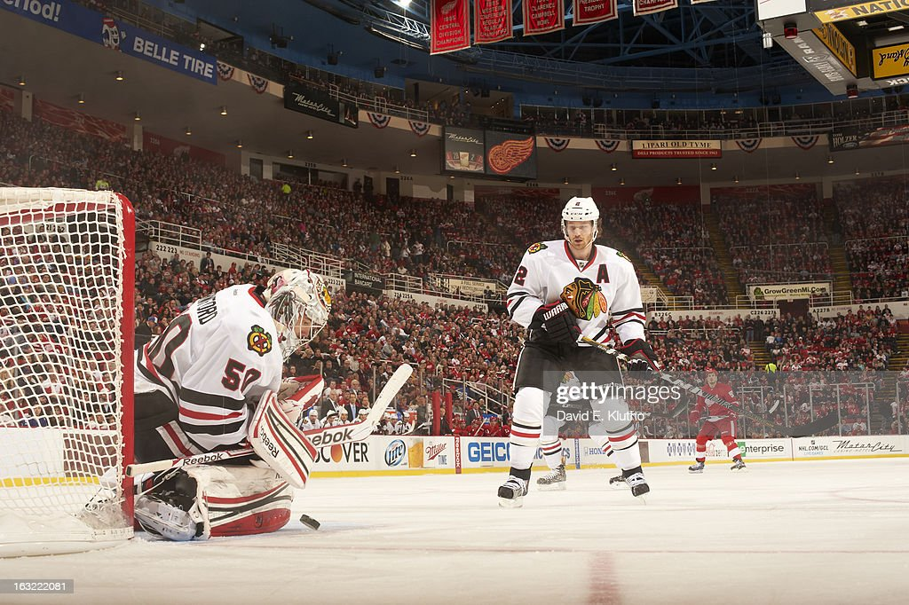 Chicago Blackhawks goalie Corey Crawford (50) and Duncan Keith (2) in action vs Detroit Red Wings at Joe Louis Arena. David E. Klutho F12 )