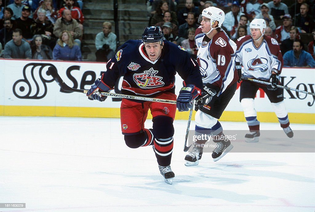 Colorado Avalanche vs Columbus Blue Jackets Pictures | Getty Images