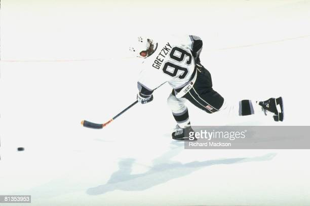 Hockey Los Angeles Kings Wayne Gretzky in action vs Buffalo Sabres Los Angeles CA 3/12/1994