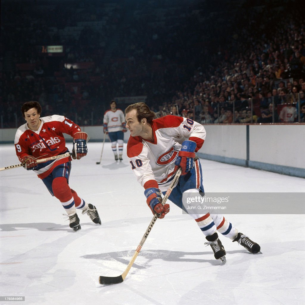 ... Montreal Canadiens Guy LaFleur (10) in action vs Washington Capitals at  Montreal Forum. 26448e8df