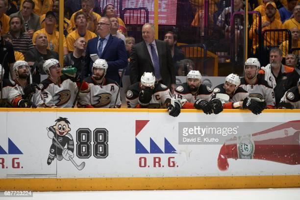 NHL Playoffs Anaheim Ducks Ryan Getzlaf on bench with teammates during game vs Nashville Predators at Bridgestone Arena Game 4 Nashville TN CREDIT...