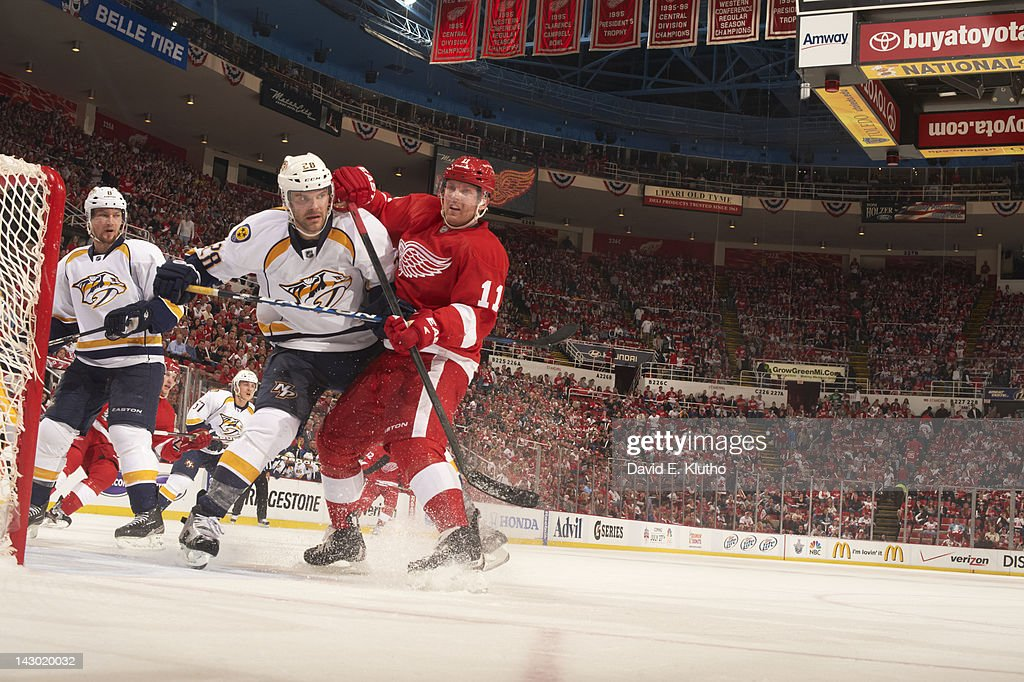 Detroit Red Wings Danny Cleary (11) in action vs Nashville Predators Paul Gaustad (28) at Joe Louis Arena. Game 3. David E. Klutho F112 )