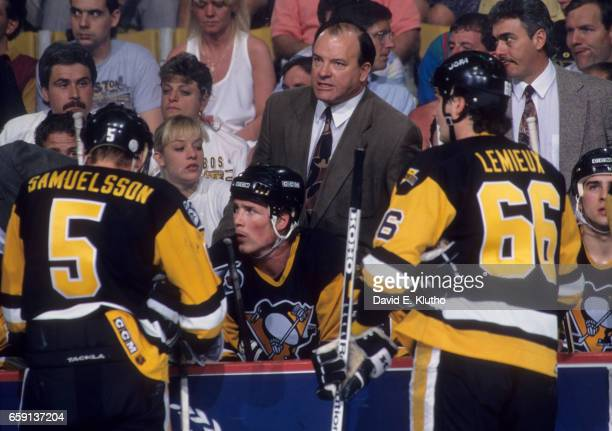 NHL Playoffs Pittsburgh Penguins with coach Scotty Bowman with players on bench during game vs Boston Bruins at Boston Garden Game 3 Boston MA CREDIT...