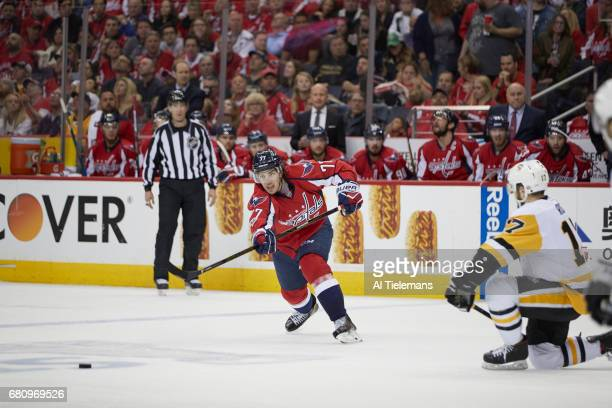 NHL Playoffs Washington Capitals TJ Oshie in action passing vs Pittsburgh Penguins at Verizon Center Game 5 Washington DC CREDIT Al Tielemans