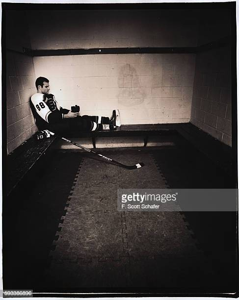Hockey player Eric Lindros is photographed for ESPN The Magazine in 2000
