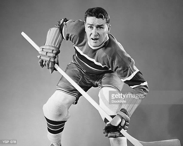 Giocatore di Hockey in posizione difensiva