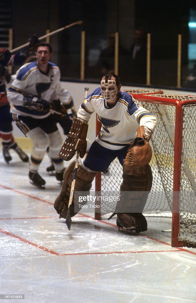 St. Louis Blues goalie Glenn Hall (11) in action vs Montreal Canadiens at St. Louis Arena. Tony Triolo X13646 )