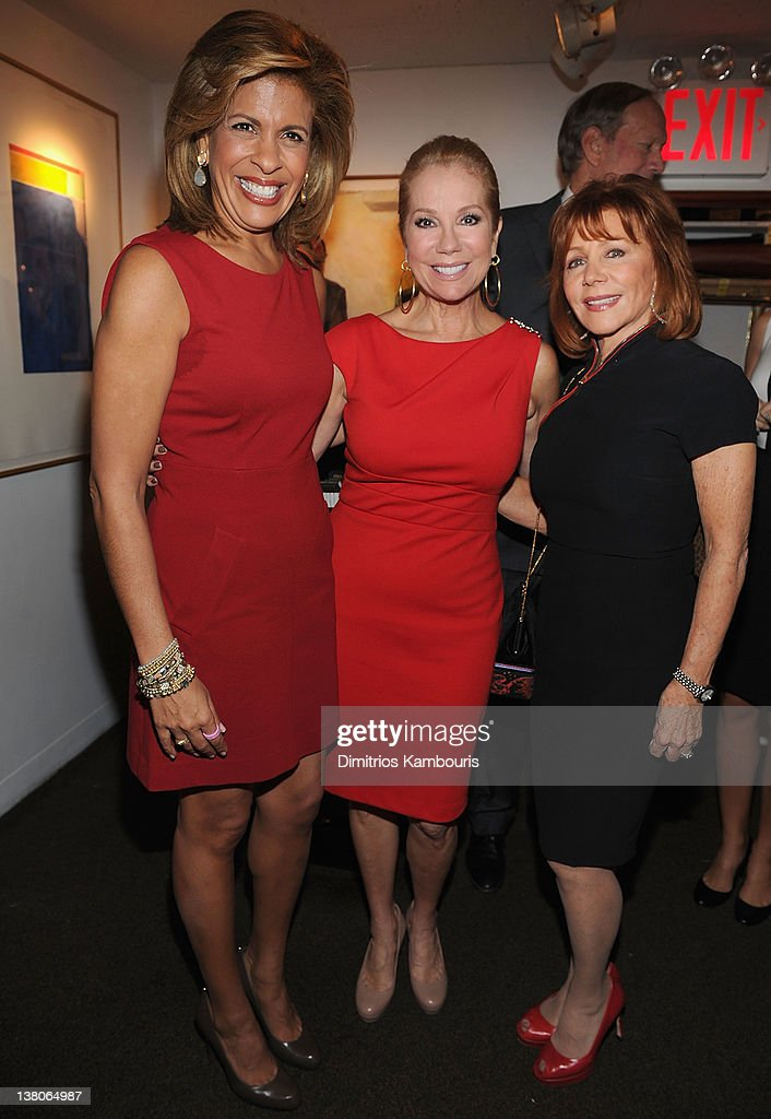<a gi-track='captionPersonalityLinkClicked' href=/galleries/search?phrase=Hoda+Kotb&family=editorial&specificpeople=2338013 ng-click='$event.stopPropagation()'>Hoda Kotb</a>, <a gi-track='captionPersonalityLinkClicked' href=/galleries/search?phrase=Kathie+Lee+Gifford&family=editorial&specificpeople=203269 ng-click='$event.stopPropagation()'>Kathie Lee Gifford</a> and <a gi-track='captionPersonalityLinkClicked' href=/galleries/search?phrase=Joy+Philbin&family=editorial&specificpeople=208836 ng-click='$event.stopPropagation()'>Joy Philbin</a> attend the New York Giants Super Bowl Pep Rally Luncheon at Michael's on February 1, 2012 in New York City.