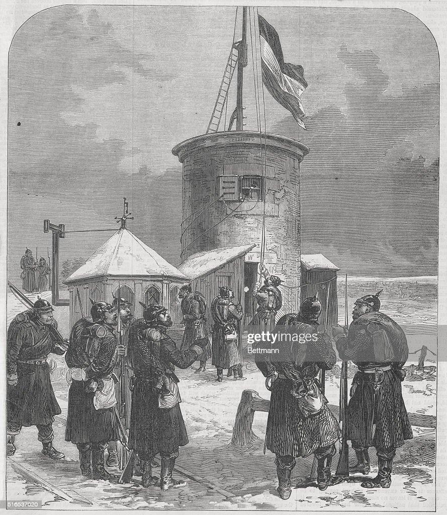 Hoisting the German flag on Mont Valerian