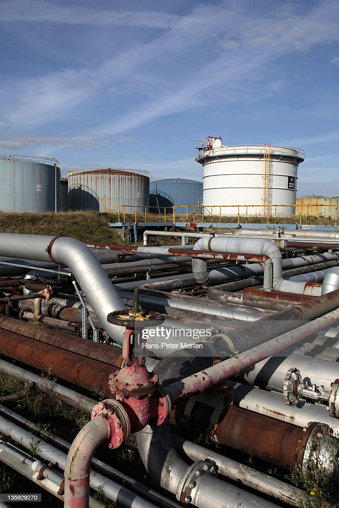 Holborn oil refinery : Stock Photo