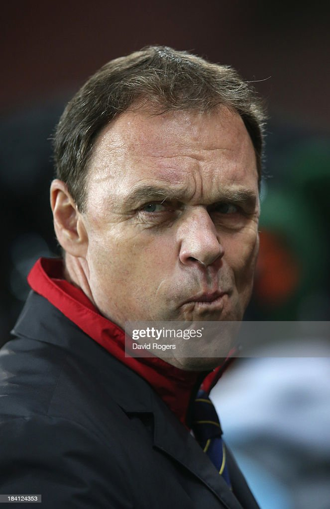 <a gi-track='captionPersonalityLinkClicked' href=/galleries/search?phrase=Holger+Osieck&family=editorial&specificpeople=579862 ng-click='$event.stopPropagation()'>Holger Osieck</a>, the Australia manager looks on during the International Friendly match between France and Australia at Parc des Princes on October 11, 2013 in Paris, France.