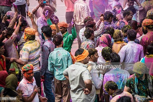 Foule Festival de Holi