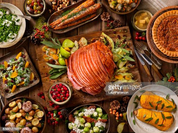 Repas de fête en spirale jambon