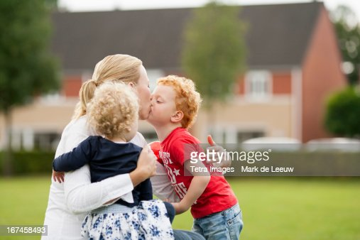 Holland, Goirle, mother with her children (2-3, 4-5) : Stock Photo