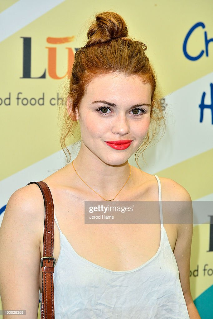 <a gi-track='captionPersonalityLinkClicked' href=/galleries/search?phrase=Holland+Roden&family=editorial&specificpeople=5578822 ng-click='$event.stopPropagation()'>Holland Roden</a> arrives at Children Mending Hearts' 6th Annual Fundraiser 'Empathy Rocks: A Spring Into Summer Bash' on June 14, 2014 in Beverly Hills, California.