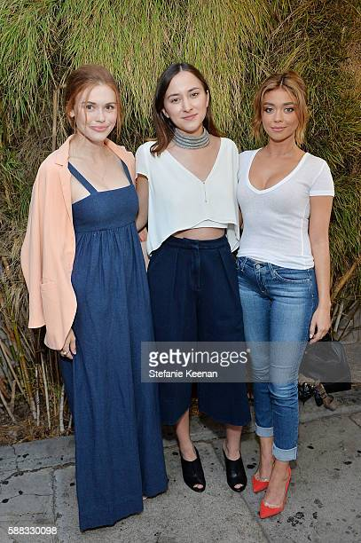 Holland Roden Zelda Williams and Sarah Hyland attend Glamour and AG Denim Music Dinner in support of MusiCares hosted by Jessica Kantor Johnathan...