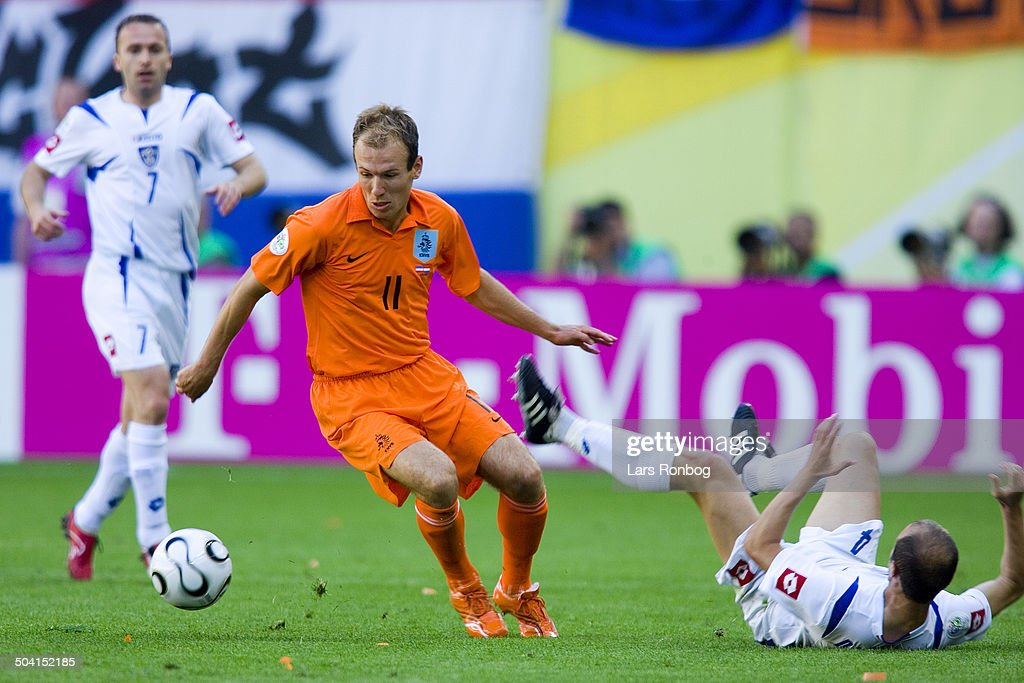 world cup serbia montenegro the netherlands getty images
