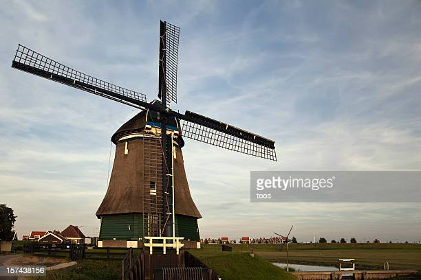 Holland - Windmill in rural landscape (XXXL)