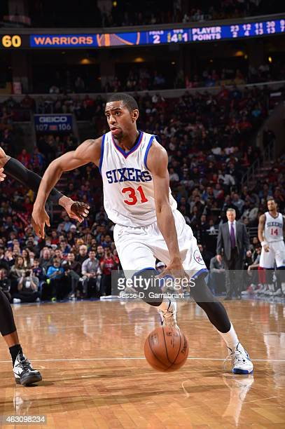 Hollis Thompson of the Philadelphia 76ers drives to the basket against the Golden State Warriors at Wells Fargo Center on February 9 2015 in...