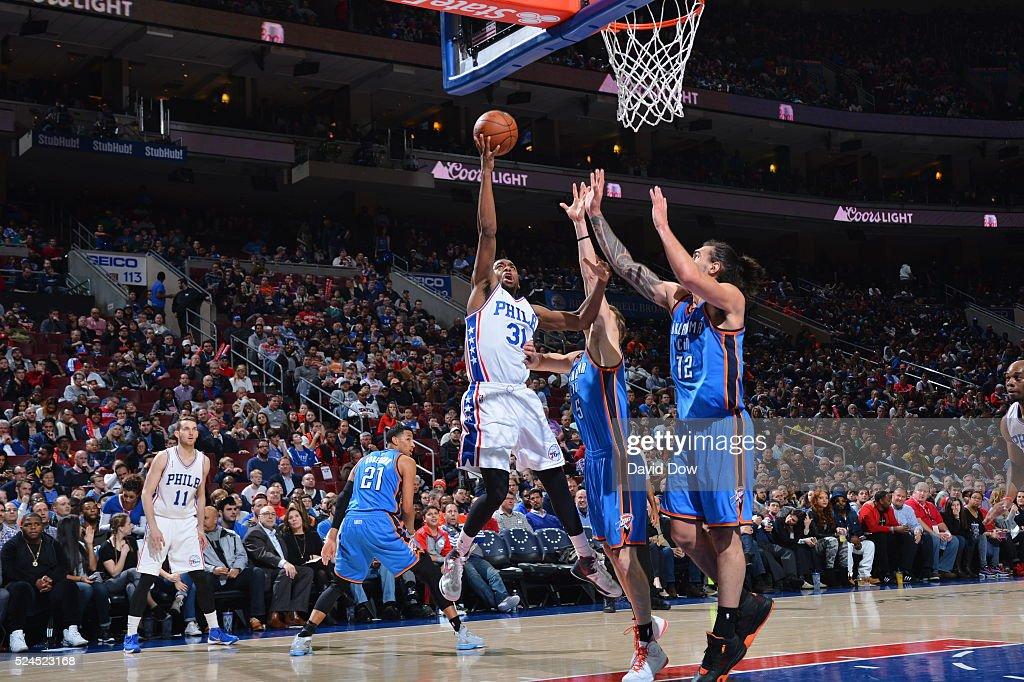 Hollis Thompson #31 of the Philadelphia 76ers drives to the basket against the Oklahoma City Thunder at the Wells Fargo Center on March 18, 2016 in Philadelphia, Pennsylvania.