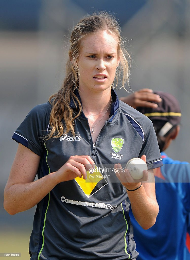 Holly Ferling of Australia gets ready to bowl during a net session at the Barabati stadium on January 31, 2013 in Cuttack,Orissa, India.