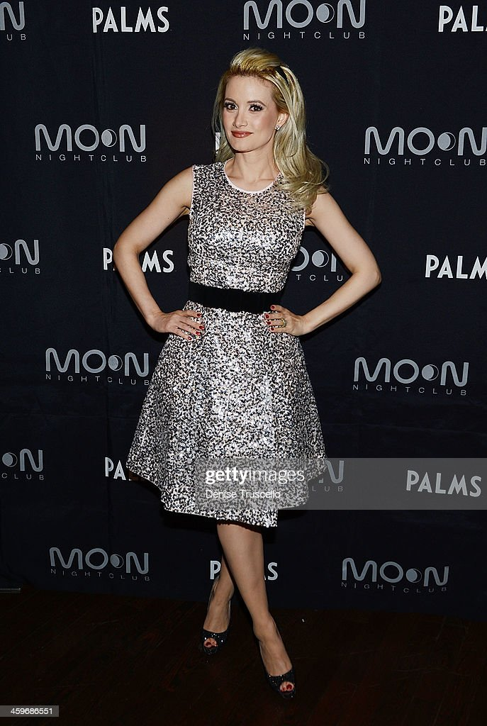 Holly Madison arrives at her birthday Party at Moon Nightclub at the Palms Casino Resort on December 28, 2013 in Las Vegas, Nevada.