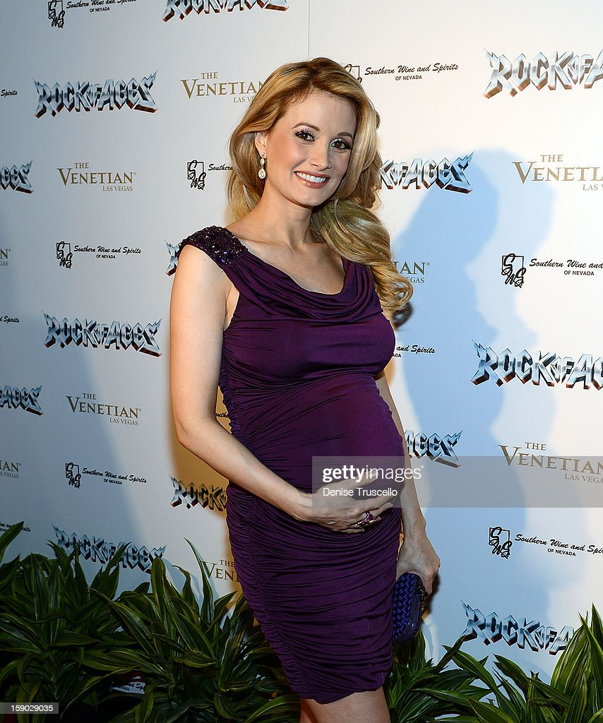 Holly Madison arrives at the Rock Of Ages opening after party at The Venetian on January 5, 2013 in Las Vegas, Nevada.