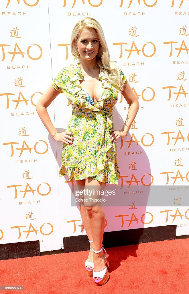 Holly Madison arrives at the season grand opening of TAO Beach at The Venetian Las Vegas on May 4, 2013 in Las Vegas, Nevada.
