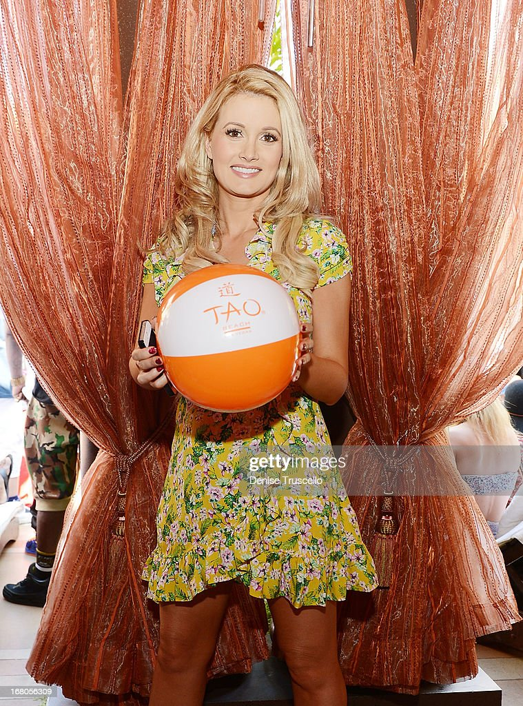 Holly Madison attends the season grand opening of TAO Beach at The Venetian Las Vegas on May 4, 2013 in Las Vegas, Nevada.