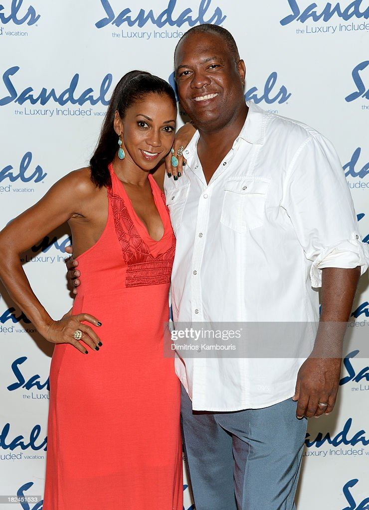 <a gi-track='captionPersonalityLinkClicked' href=/galleries/search?phrase=Holly+Robinson+Peete&family=editorial&specificpeople=213716 ng-click='$event.stopPropagation()'>Holly Robinson Peete</a> (L) and <a gi-track='captionPersonalityLinkClicked' href=/galleries/search?phrase=Rodney+Peete&family=editorial&specificpeople=220342 ng-click='$event.stopPropagation()'>Rodney Peete</a> attend the Gala Dinner and Awards during Day Three of the Sandals Emerald Bay Celebrity Getaway and Golf Weekend on September 29, 2013 at Sandals Emerald Bay in Great Exuma, Bahamas.