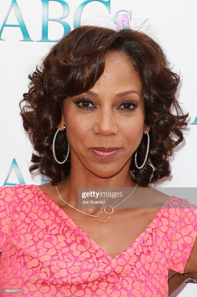 Holly Robinson Peete arrives at ABC's Mother's Day luncheon at Four Seasons hotel Los Angeles at Beverly Hills on May 8, 2013 in Beverly Hills, California.