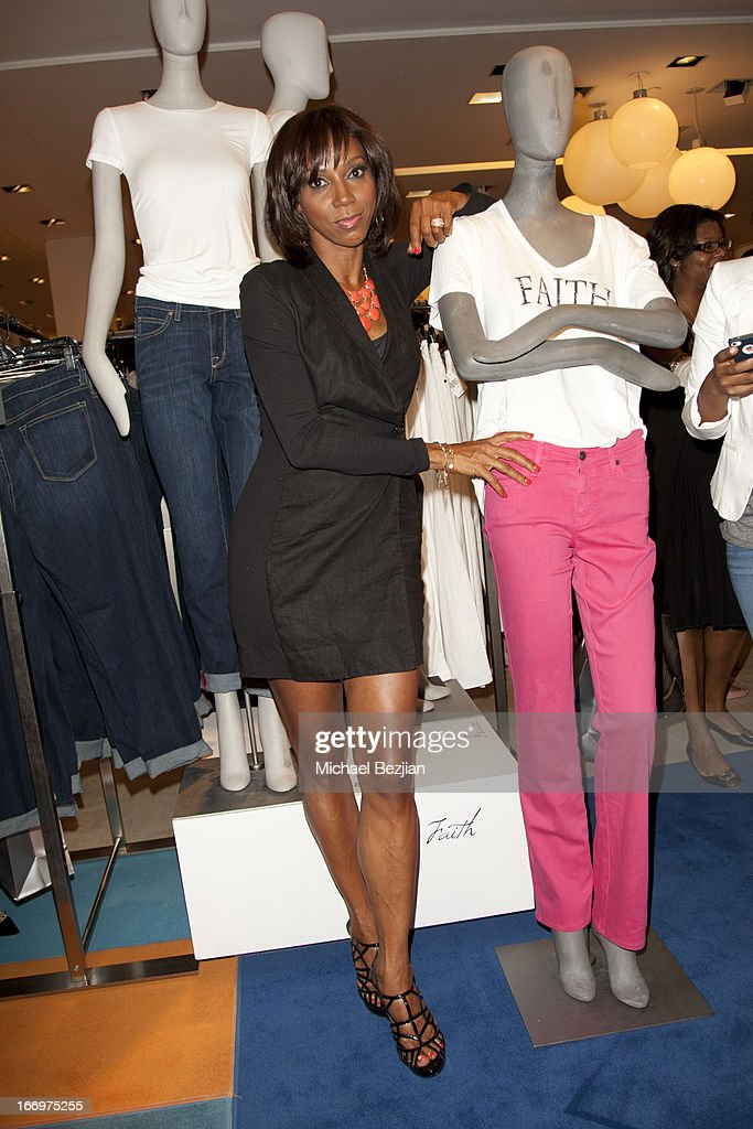 Holly Robinson-Peete attends Cookie Johnson And Neiman Marcus Host Girls Night Out on April 18, 2013 in Beverly Hills, California.