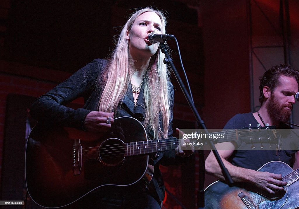 <a gi-track='captionPersonalityLinkClicked' href=/galleries/search?phrase=Holly+Williams&family=editorial&specificpeople=693833 ng-click='$event.stopPropagation()'>Holly Williams</a> performs in concert at Do317 Lounge on March 29, 2013 in Indianapolis, Indiana.