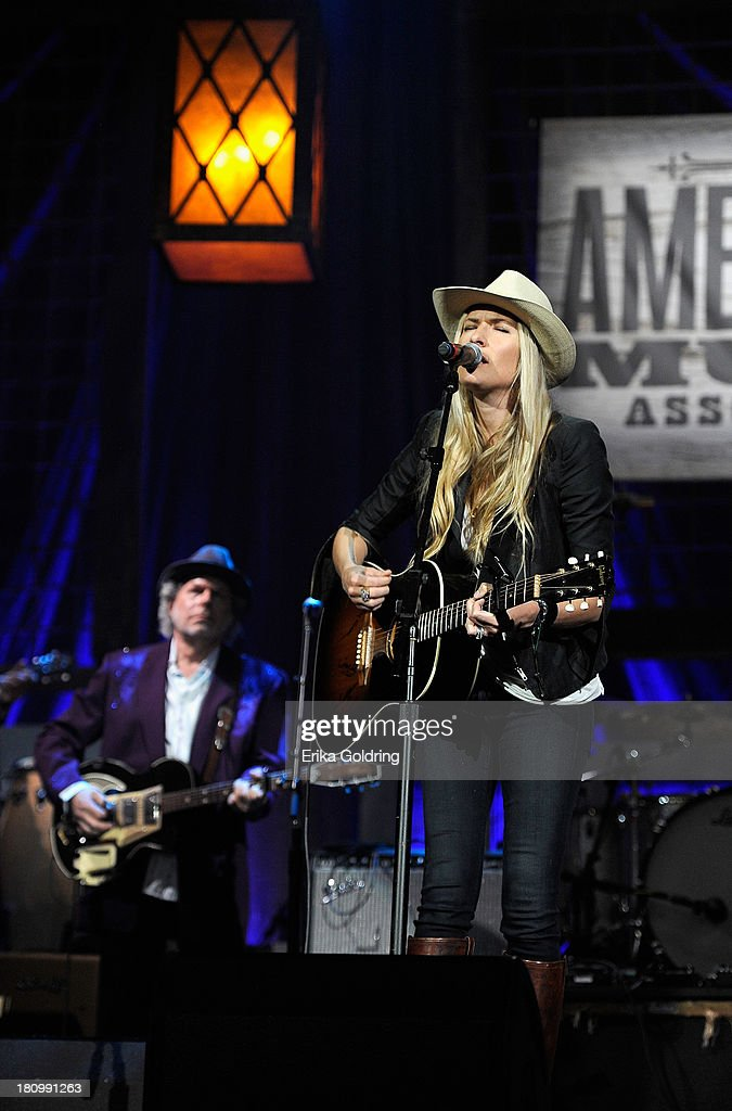 Holly Williams performs onstage at the 12th Annual Americana Music Honors And Awards Ceremony Presented By Nissan on September 18, 2013 in Nashville, Tennessee.