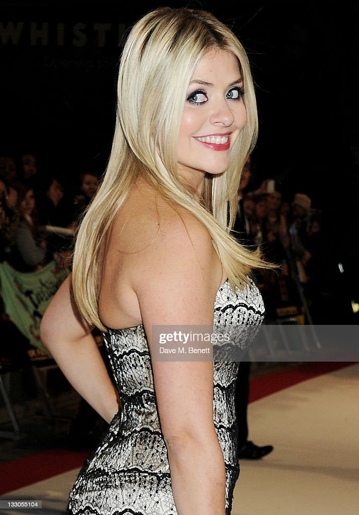 Holly Willoughby attends the UK Premiere of 'The Twilight Saga: Breaking Dawn Part 1' at Westfield Stratford City on November 16, 2011 in London, England.