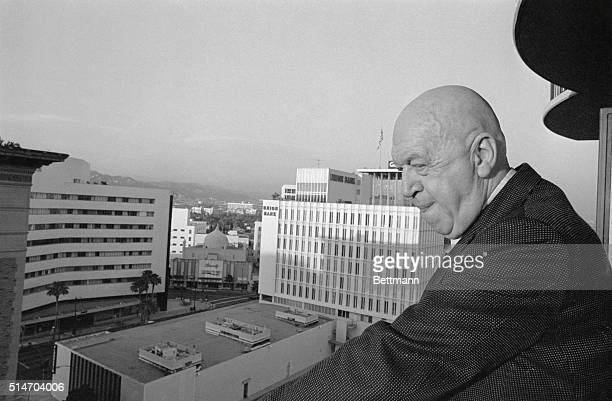 Bombastic controverial hardlyeverloved director Otto Preminger has written a brief book of memoirs so that he may write ten sequels a typical...